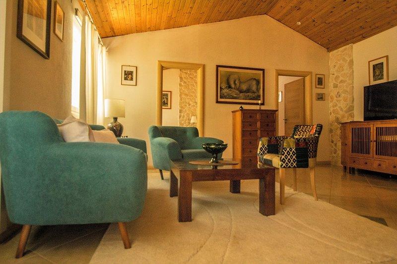 Apartment  ART, Estate under the Paintbrush, Rukavac, Vis Island, aluguéis de temporada em Rukavac