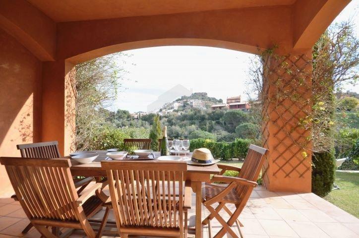 Begur Holiday Home Sleeps 6 with Air Con and WiFi - 5623712, alquiler de vacaciones en Regencós