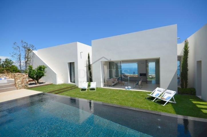 Begur Villa Sleeps 10 with Air Con and WiFi - 5623775, location de vacances à Bégur