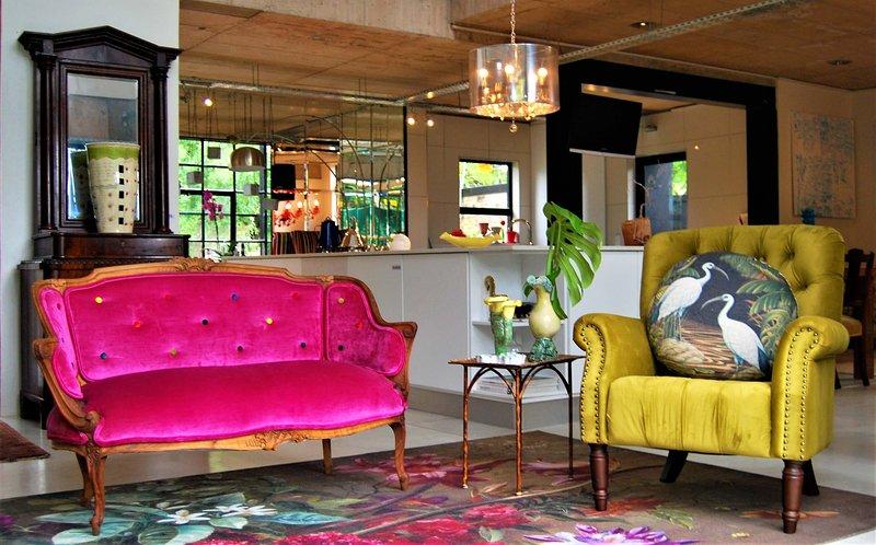 The Bright House Villa, Ferienwohnung in Oudtshoorn