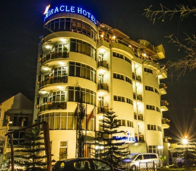 Miracle Addis Hotel con sede a Meskel Flower, Addis Abeba, il nostro hotel è un luogo perfetto per i romatici,