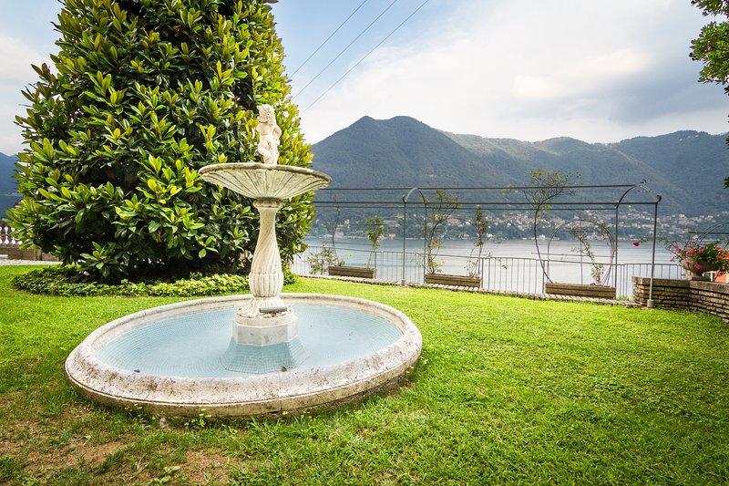Villa Paradiso at Lake Gardens