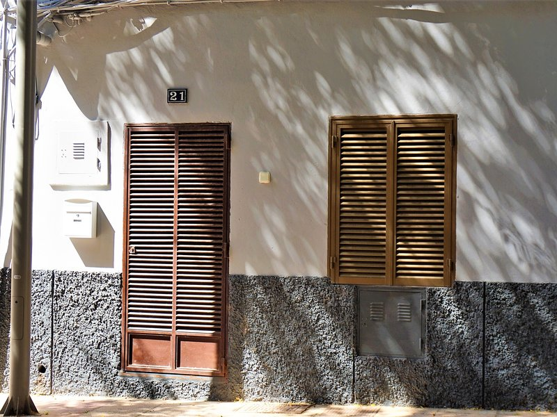 Casa Borguny - Cozy house for 4 adults in the center of Palma FREE WIFI Chalet in Palma de Mallorca