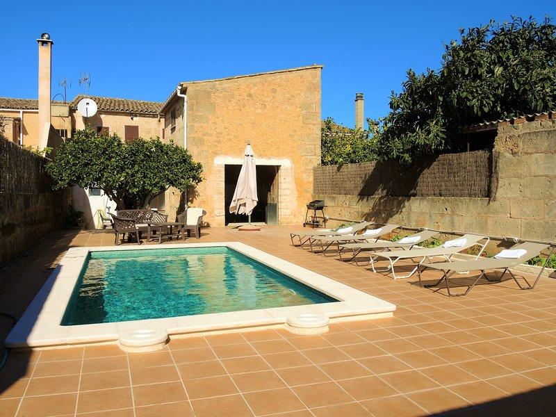 Casa Campet - Townhouse with swimming pool in Algaida, vacation rental in Algaida