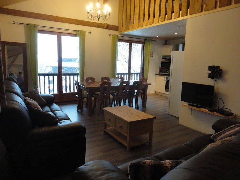 Chalet La Salle  - Apartment 2, holiday rental in La Cote-d'Arbroz