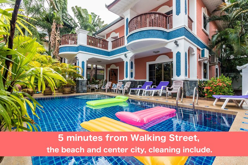 MADEE VILLA - PATTAYA HOLIDAY HOUSE WALKING STREET, holiday rental in Pattaya