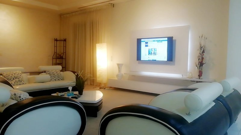 The White House, holiday rental in Amman Governorate