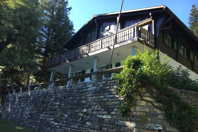 Chalet les Sapins Marc - The Swiss experience, holiday rental in Crans-Montana