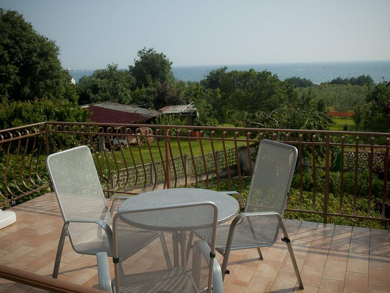 Basanija Apartment Sleeps 3 with Air Con - 5470926, holiday rental in Basanija