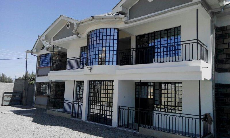 PottersVilla 1 & 2 Bedroom Furnished Rental Apartment, alquiler de vacaciones en Lake Elementaita