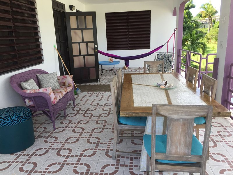Two Bedroom Apartment at Coco Loco Guesthouse, location de vacances à Esperanza