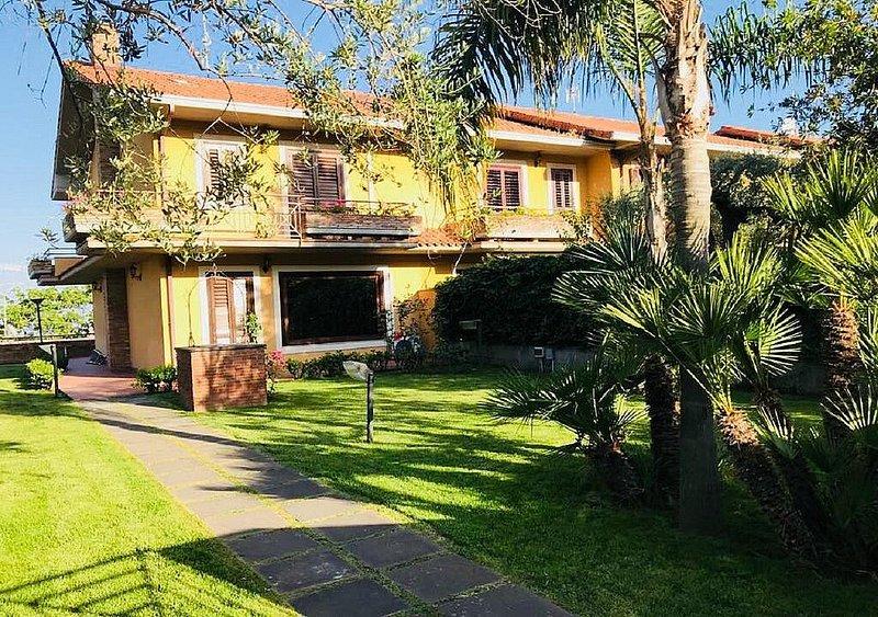 Villa Rodeia, holiday rental in Trecastagni