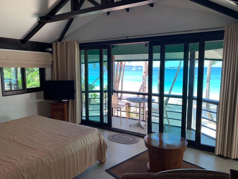 Asiana - Veranda room facing the beach, vacation rental in Buruanga