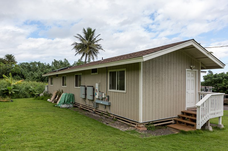 Welcome to Hauula Studio Hideaway! Your Hawaiian Escape!