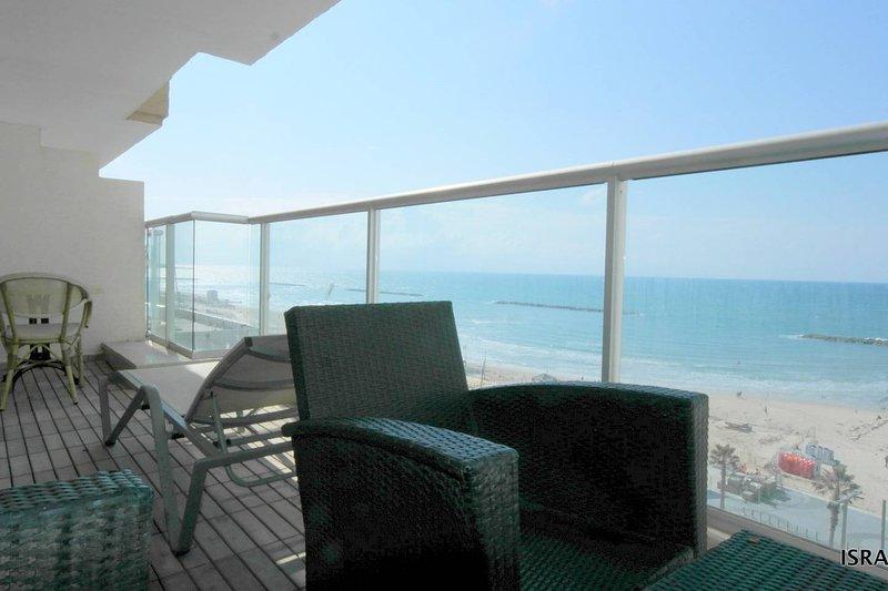 ORCHID HOTEL - SEA VIEW HOTEL SUITE w/ TERRACE, casa vacanza a Jaffa
