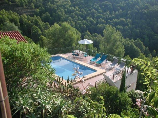 Altea villa with private pool and sea views -Nuestra Montaña, holiday rental in Tarbena