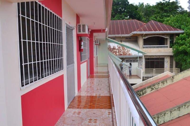 Affordable Apartment near Mango Ave, Ayala, SM & Fuente Osmena, casa vacanza a Cebu City