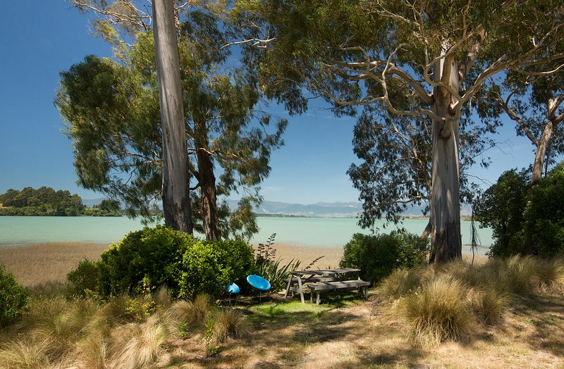 Karaka Cottage at The Apple Pickers'  Cottages, Mapua-Nelson, holiday rental in Mapua