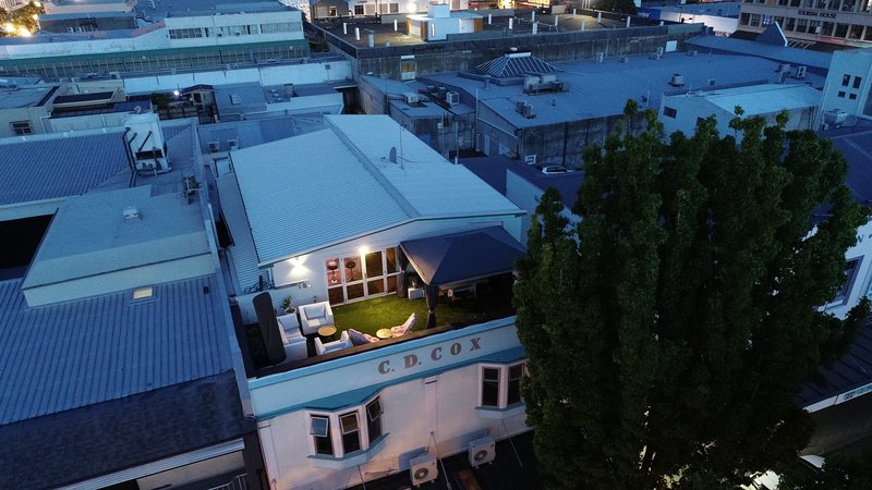 Laneway Rooftop Apartment, holiday rental in Napier