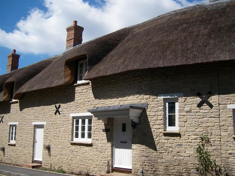 LULWORTH COVE COTTAGE, Sleeps 6, , close to beach, WiFi, West Lulworth, holiday rental in Chaldon Herring