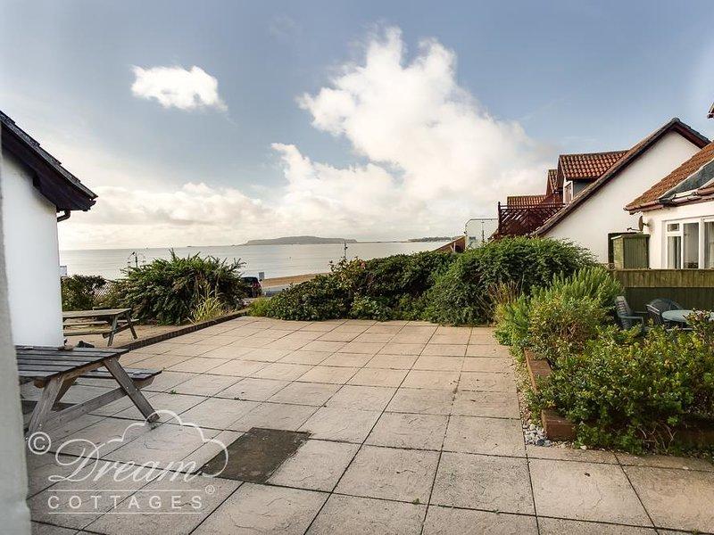 SEA BREEZE, sleeps 4, sea front lcoation, , Sea views, Weymouth, location de vacances à Ringstead