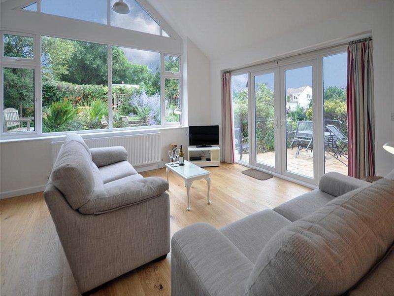 Pebbles, Burton Bradstock, vacation rental in Askerswell