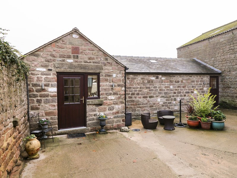 Church View Cottage, rural location, elegant interiors, in Spofforth, holiday rental in Spofforth
