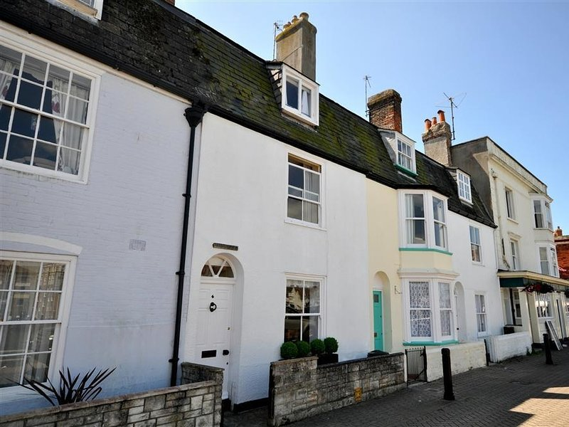 harbourside cottage sleeps 5 harbour views close to beach wifi rh tripadvisor com