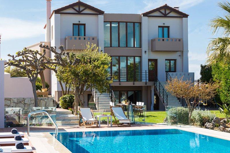Villa Margarita,de luxe, piscine privée, idéale pour familles ou groupes, casa vacanza a Episkopi