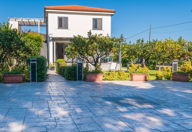 Villa FRANCESCO, holiday rental in Lascari
