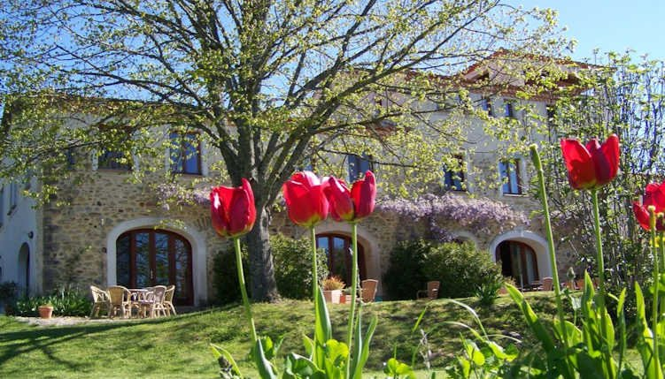 Sonnac-sur-l'Hers French holiday home with pool and fabulous views sleeps 4, vacation rental in Rivel
