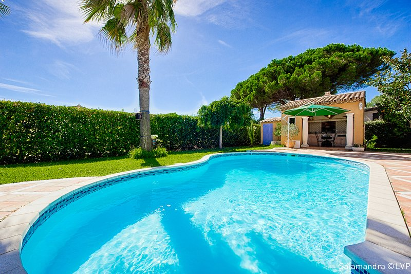POOL HOUSE PRIVATIVE