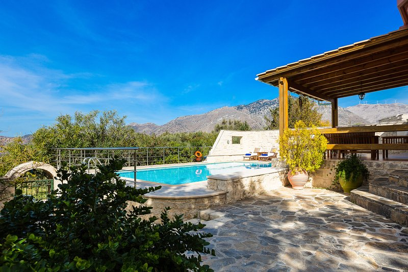 Breath fresh country side air and enjoy your holiday in Crete!