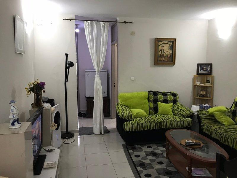 Bel AppartementBel appart full équipé pour court séjour à Cocody., holiday rental in Yopougon