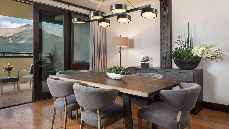 Make a delicious meal in the kitchen and then enjoy your food at the dining table.