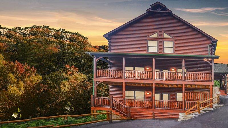 Smoky Mountain Heaven V,  5 Master King Suites, 5 bath Beauty, location de vacances à Gatlinburg