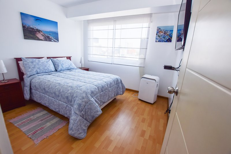 ⭐️ Lux Miraflores Apartments Alcanfores ❤️, vacation rental in Lima