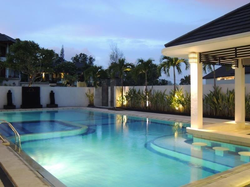 Aldeoz Nusa Dua Bali Private Villa, 4 BR, Kids Friendly, BBQ, vacation rental in Nusa Dua