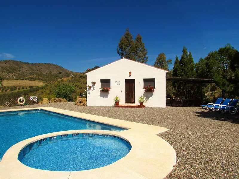 Cortijo Jacaranda-Rose Casita, holiday rental in Alora