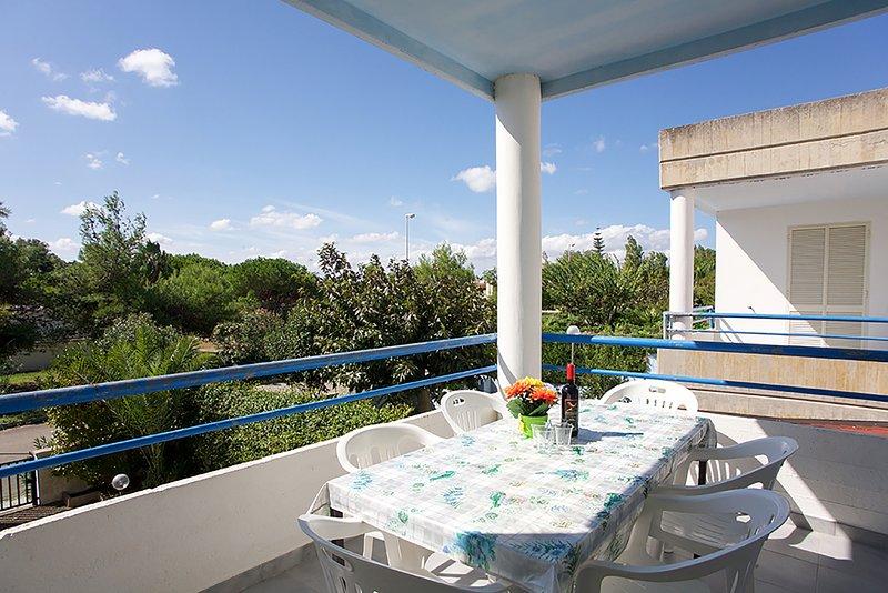 Appartamento per famiglie molti comfort m113, vacation rental in Torre dell'Orso