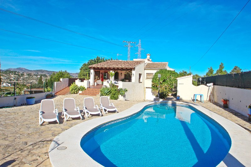 El Ventorrillo - holiday home with stunning views and private pool in Benissa, holiday rental in Canor