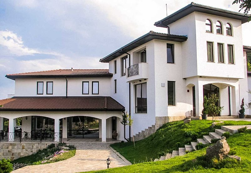 Secluded Villa Amidst Majestic Rhodope Mountains, vacation rental in Haskovo