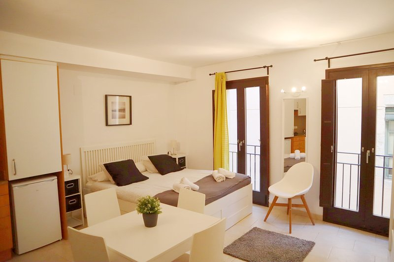 Lateral Rooms, vacation rental in Sant Gregori