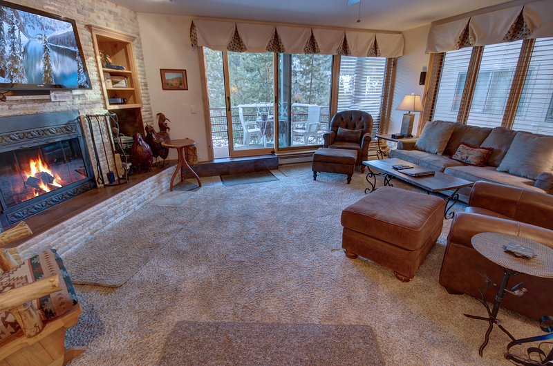 Beautiful vacation condo at Ski Run Condominiums