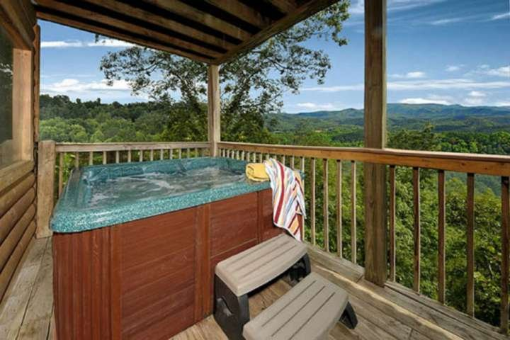 After that long day of hiking or shopping, come back and unwind in the hot tub and enjoy the spectacular views!