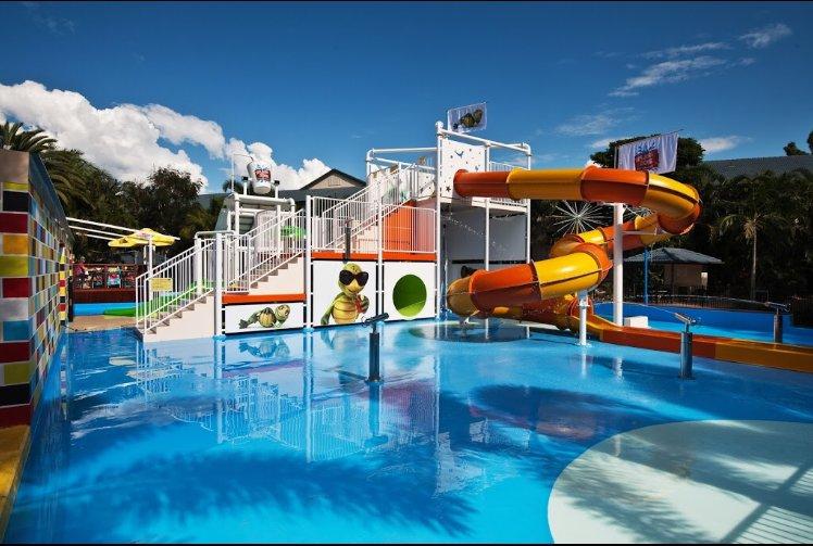 Gold Coast Superior Family Holiday Apartment, holiday rental in Mermaid Beach