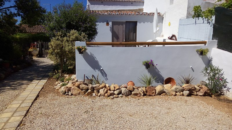 CASA BORBOLETA COUNTRY COTTAGE, vacation rental in Paderne