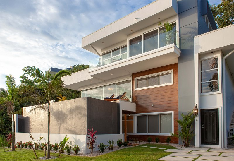 Casa La Jolla - New Construction, alquiler de vacaciones en Ostional