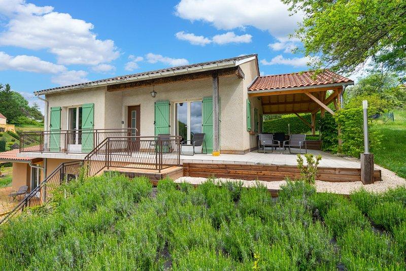 Maison avec terrasse couverte