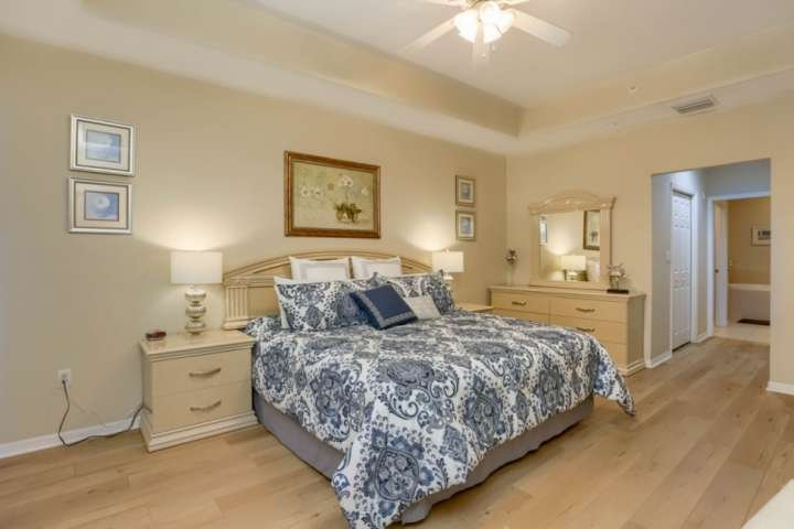 Master suite with king bed & TV